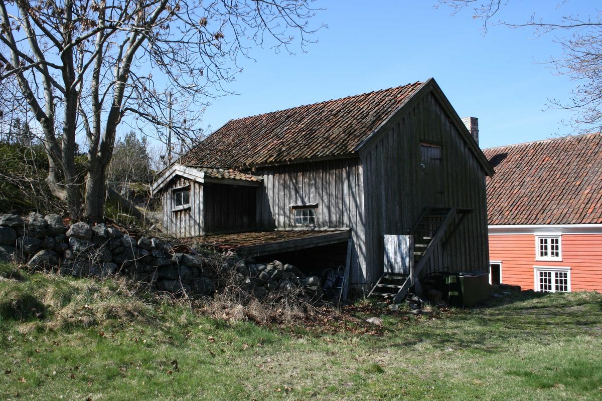Merdøgaard, fjøset sett fra sørøst.