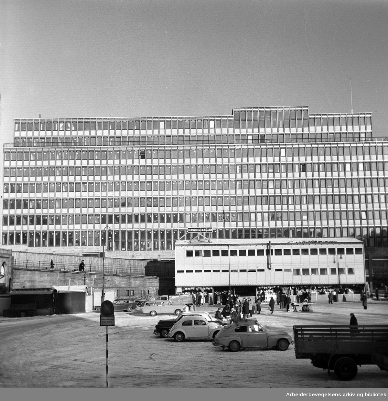 Folkets Hus under bygging,.januar 1962