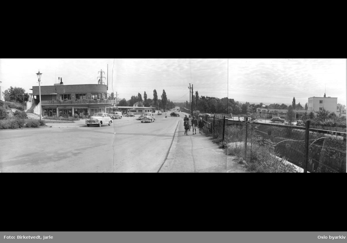 """Smedstadkrysset, forretningssenter(""""Handelsstasjonen""""), Bakkekroa, Røabanen, MIL-bensinstasjon, bilvei, biler, barn, lyktestolpe"""