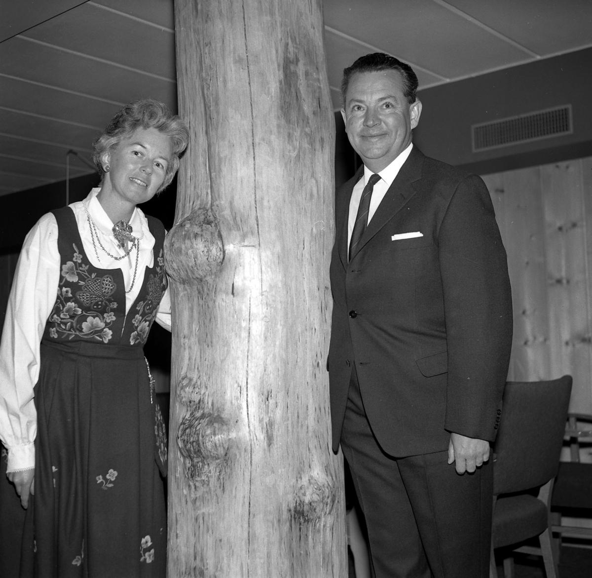 Høyfjellshotell, Marianne og Knut
