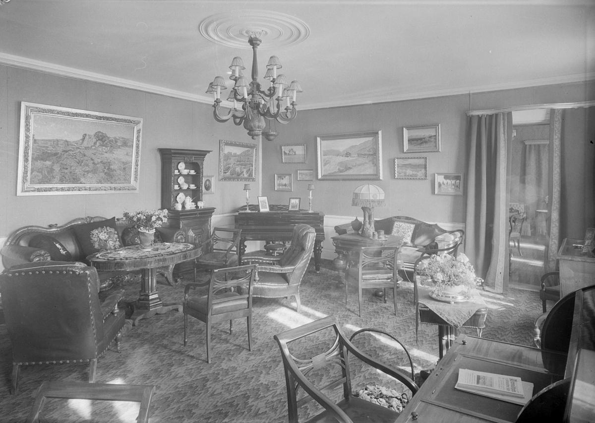 Stuen hos Carl Valentin Finne på Devle gård