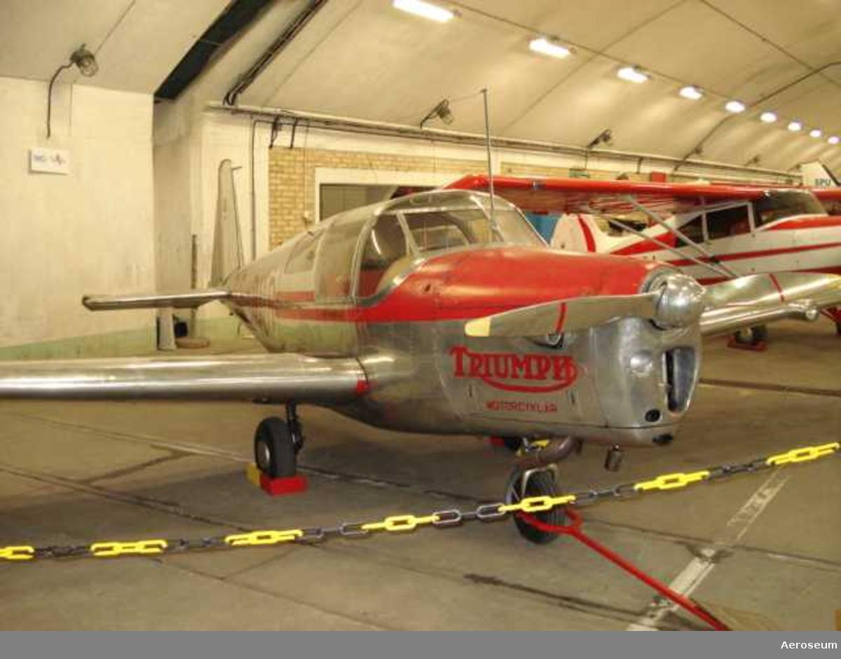 SE-AUR. 1946, GBG-Landvetter airport.