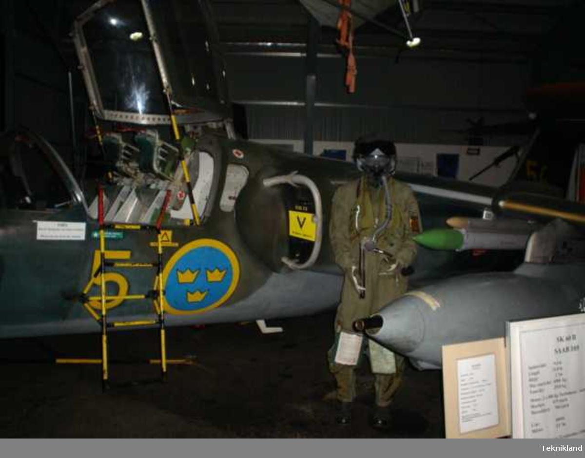 SAAB SK 60  nr 60056 Flygplanet är i originalskick med RM 9-motorer. Flygplanet är deponerat från Flygvapenmuseum.