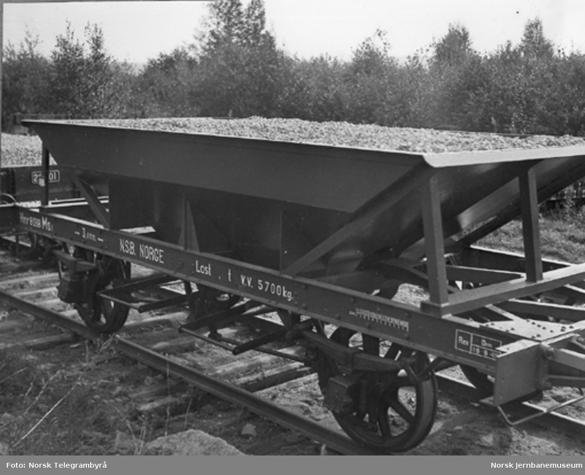 Nyombygget bunntømmingsvogn litra MS1 nr. 8088