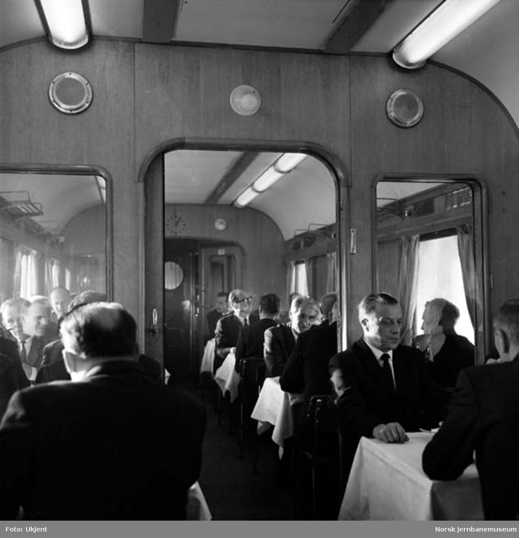 Bergensbanen elektrisk : åpningtoget