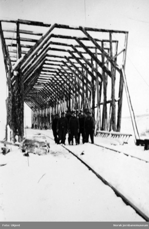 Bygging av snøoverbygg på Saltfjellet