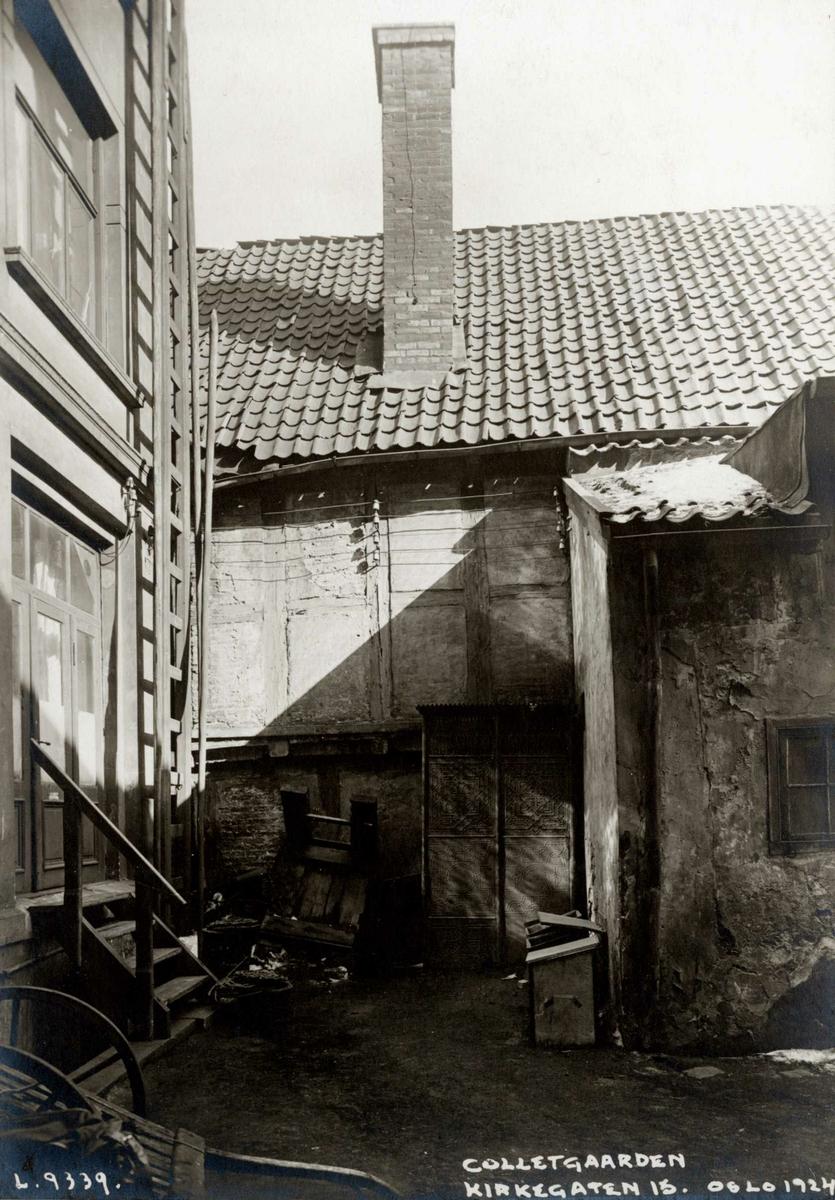 Colletgården, Kirkegata 15, Oslo. Fra bakgården. Colletgården er nå på Norsk Folkemuseum.