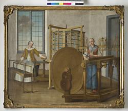 Oljemålning. Scener från ett silkespinneri under 1700-talet. Varpning och tvinning. Två kvinnliga figurer. Har tillhört sidenfabrikör Rudolf Stenberg, Stockholm.