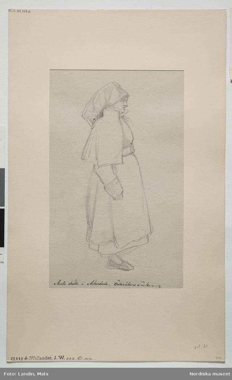 """Teckning av  J.W Wallander med påskiriften:  """"Arstu Faster, i Askerboda, Österåkers socken.""""  Kvinnodräkt, Söderrmanland Relaterade objekt skissbok invnr. 57337B"""