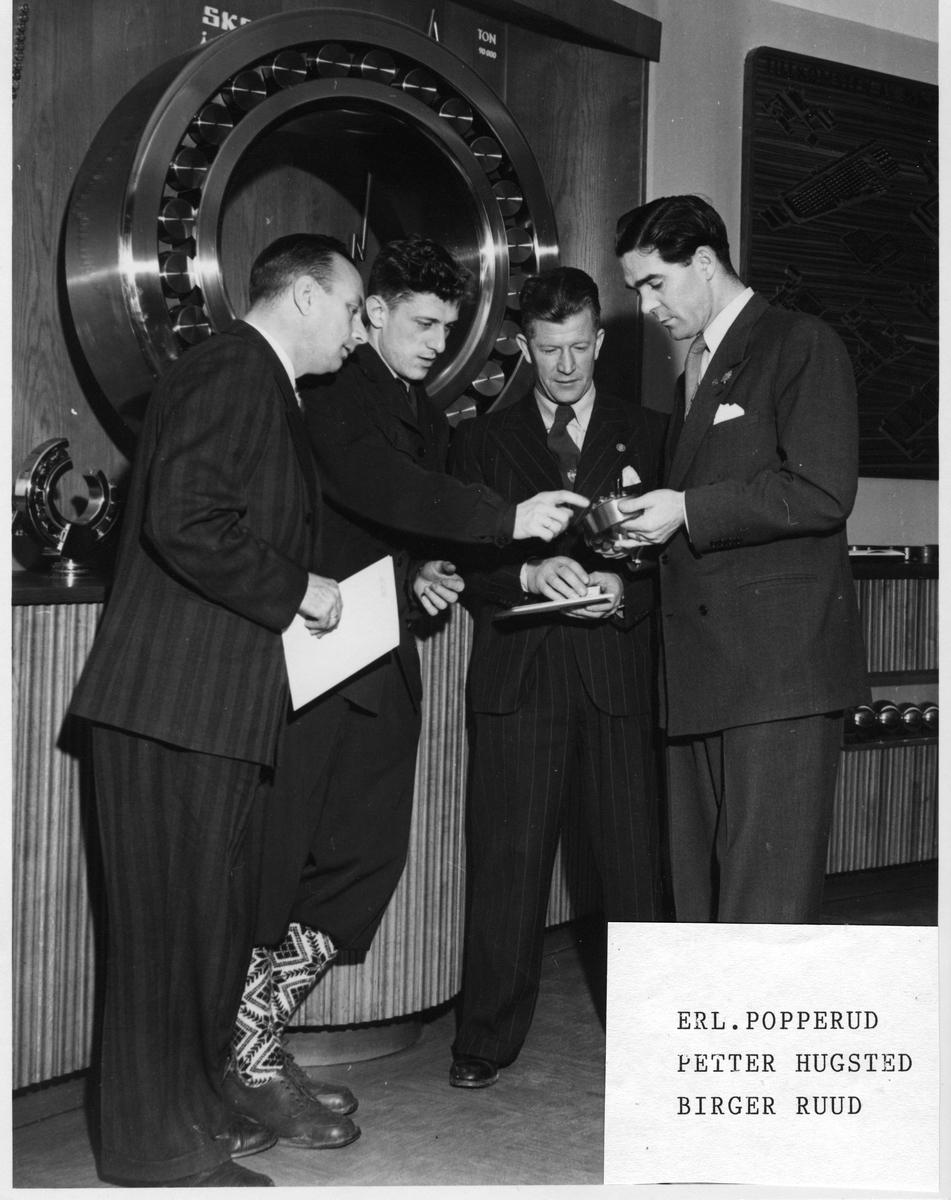 Bedriftsbesøk ved SKF Gøteborg 1948: Erling Popperud, Petter Hugsted, Birger Ruud, David Hermanson