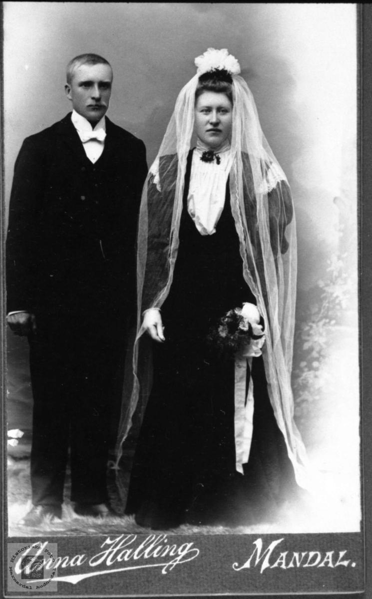 Brudeparet Stian og Anne Bertine Høyland, Øyslebø.
