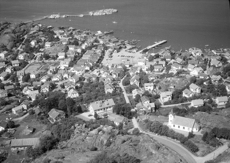 """Enligt AB Flygtrafik Bengtsfors: """"Bovallstrand Bohuslän""""."""