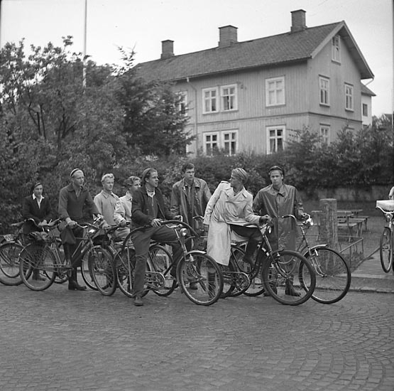 """Enligt notering: """"Realskolans Vedhuggare 19/9 1947""""."""