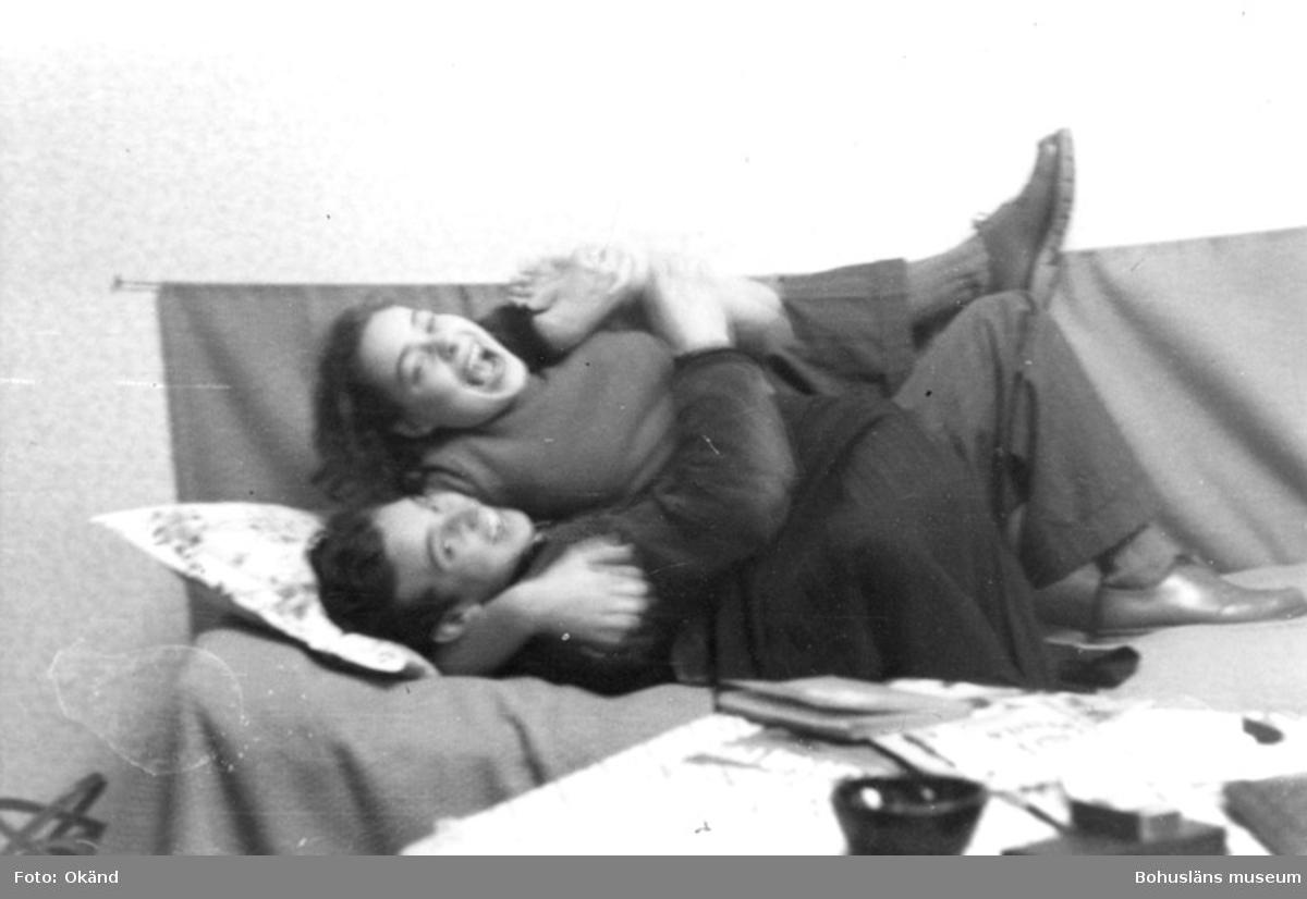 """Text till bilden: """"Heinz Kloth och Ellen Servert, Majorsgatan, ca 1952""""."""