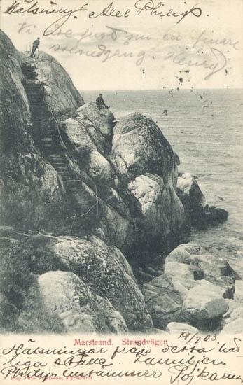 """Tryckt text på kortet: """"Marstrand. Strandvägen."""" """"Otto Svensson, Marstrand."""""""