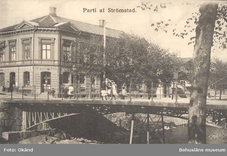 """Tryckt text på kortet: """"Parti af Strömstad.""""   ::"""