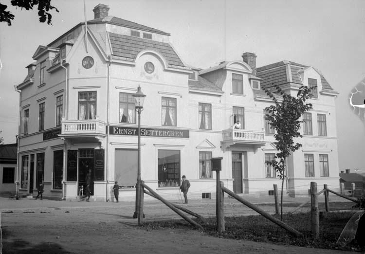 """Enligt text som medföljde bilden: """"Mösseberg. Ernst Settergrens villa 25/9 1907."""""""