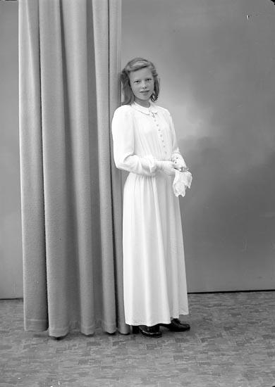 """Fotografens journal nr 6 1930-1943: """"Stenberg Ingrid, Kollugneröd Här""""."""