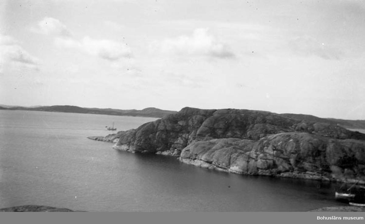 """Enligt medföljande text: """"Norum, St. Askerön, Fiskevik"""".               ::"""