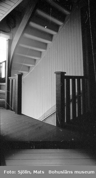 """Bohusläns samhälls- och näringsliv. 2. STENINDUSTRIN. Film: 3  Text som medföljde bilden: """"Interiöer: Stenh. baracker byggda Otto Beer 1850-1900"""""""