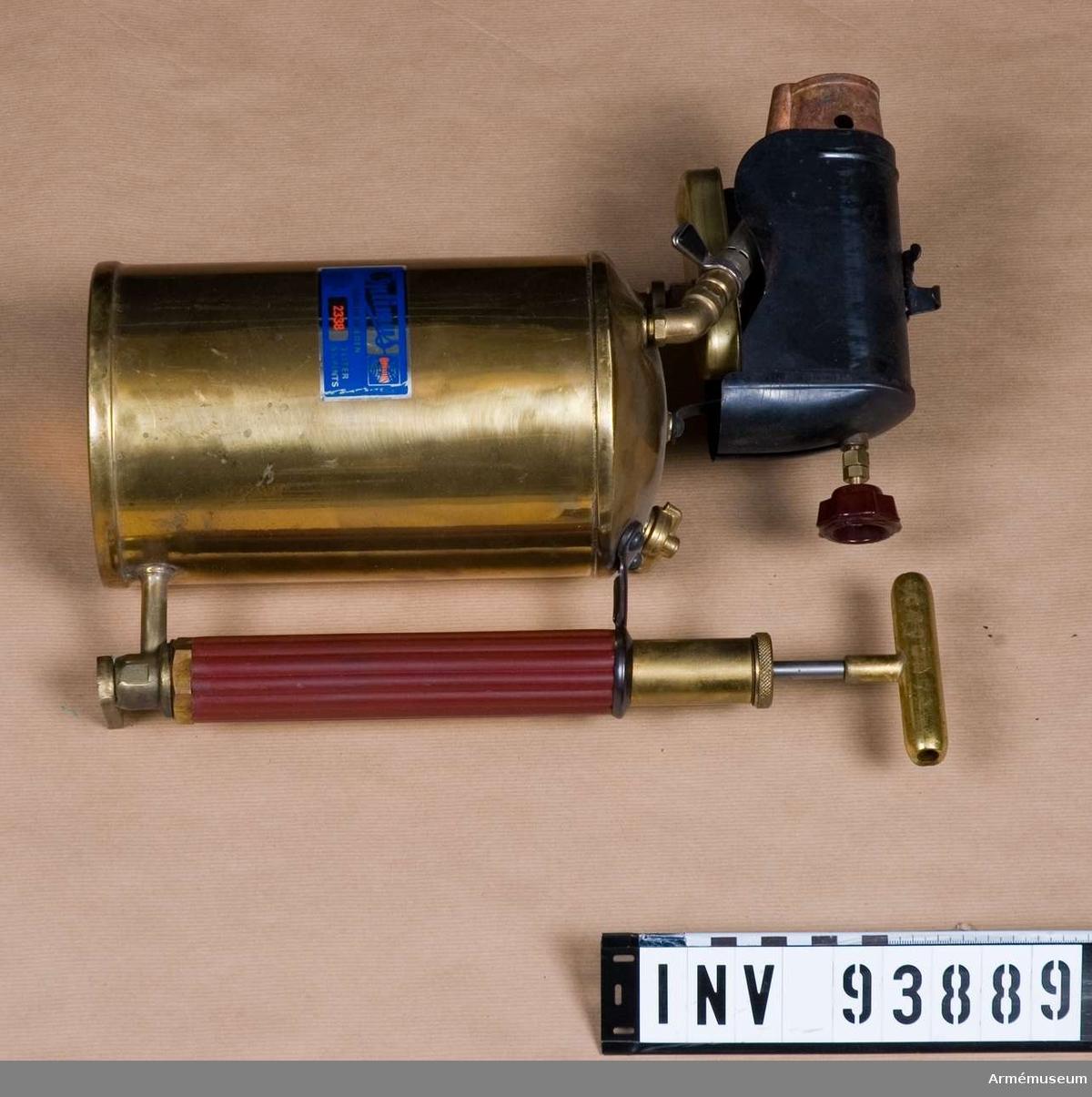 Behållare för bensin med pump 3 liter.