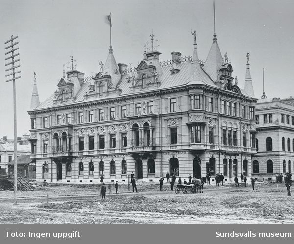 Hoppets här, nykterhetsloge (1876-1899). Hotell och restaurang med ångkök. Byggnaden uppfördes 1891. Arkitekter: Per Appelberg och Knut Gyllencreutz.