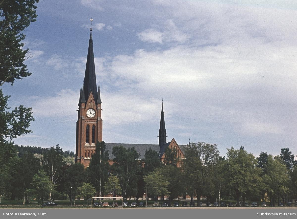 Gustav Adolfs kyrka från Läroverksplan.