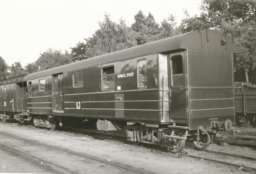 Fotografi föreställande Järnvägspostvagnen SJ EDf01 735, foto taget 1947.