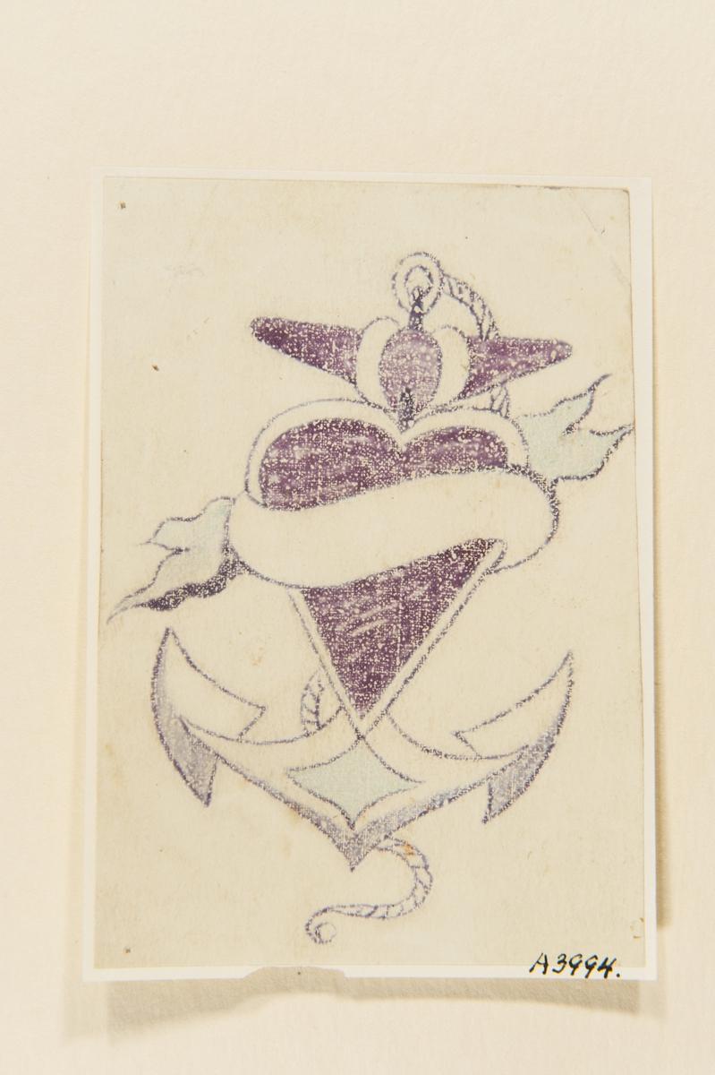 Tatueringsförlaga. Ett hjärta med en banderoll framför ett ankare.