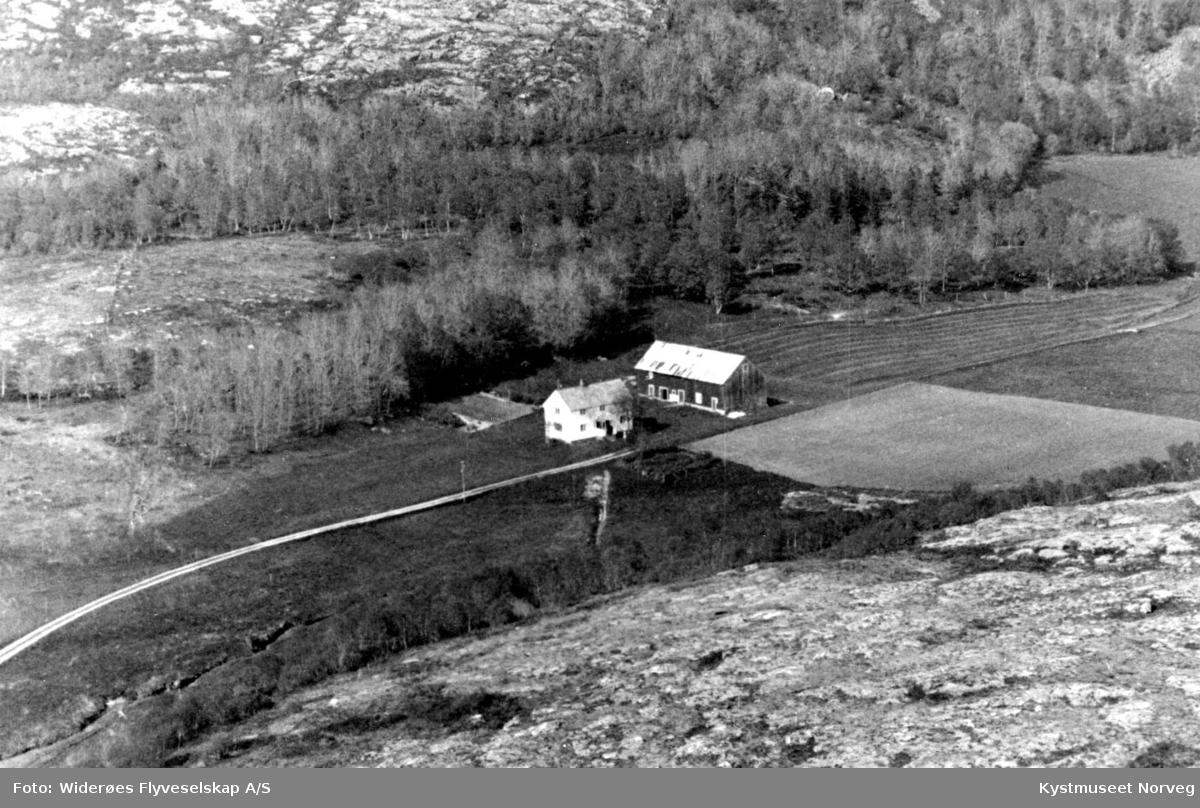 Vikna kommune, Åkvika
