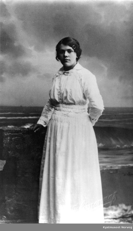 Pauline Wigdahl