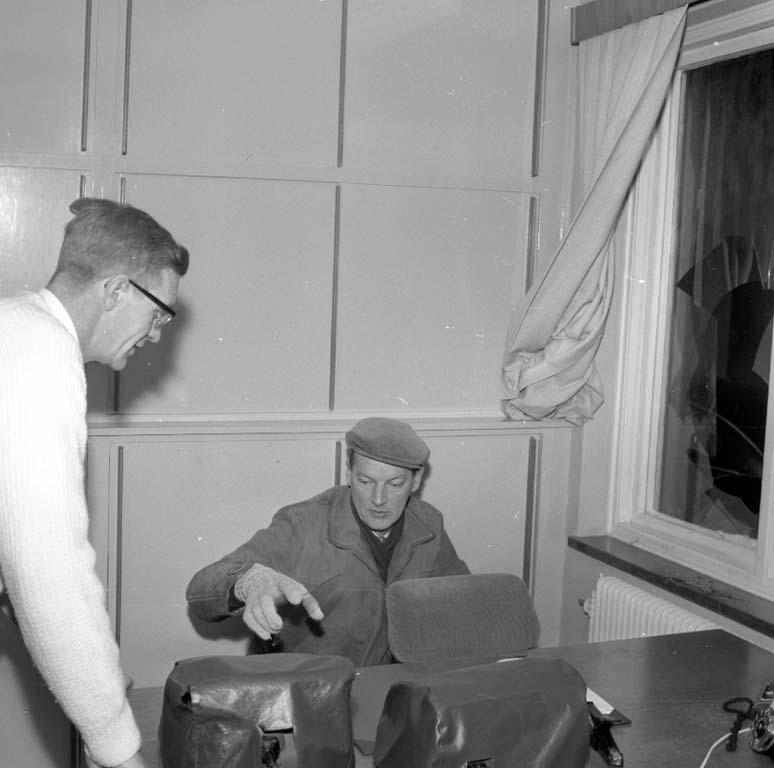 """Enligt notering: """"Inbrott vid Äggcentralen Anderssons Fruktlager 20/1 1960""""."""