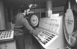 Hammars glasbruk. Sten Persson. 15 februari 1972.