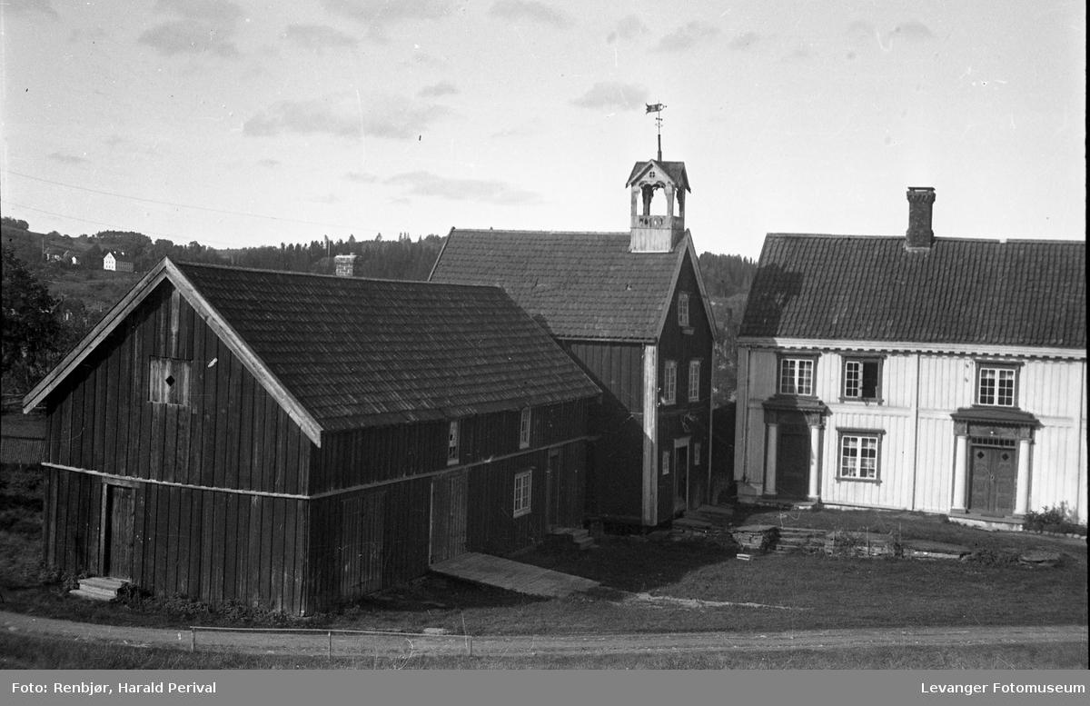 Hus, landskap og folk på Levanger. Brusvetunet.