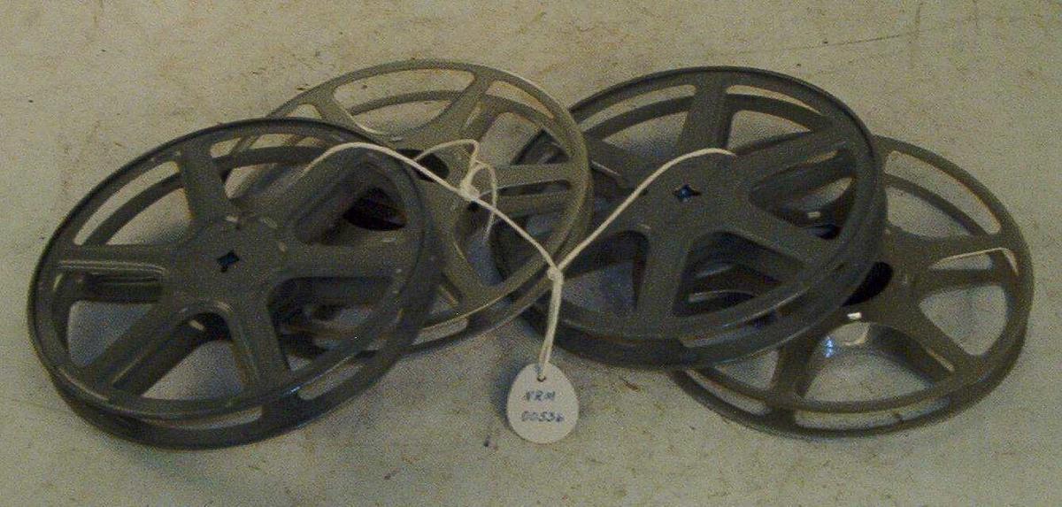 4 tomme ruller for 16mm film