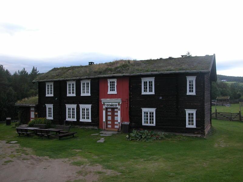 Hovedbygning Dølmotunet. Foto/Photo