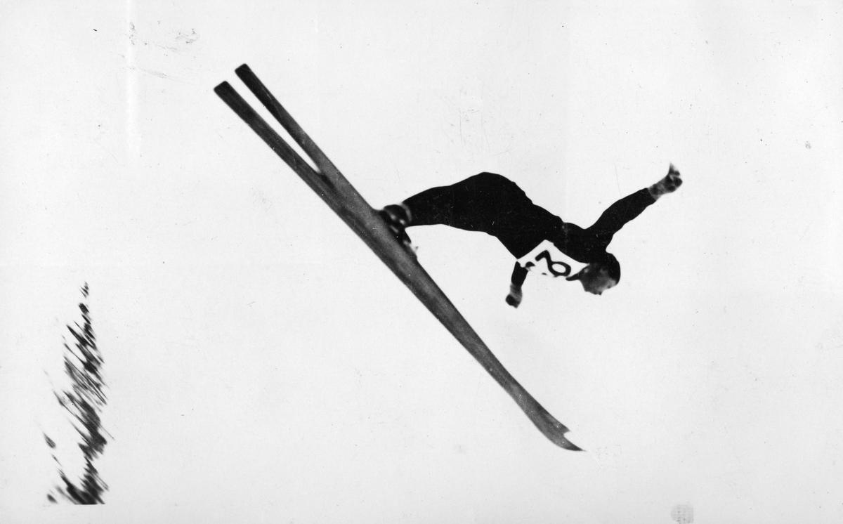 Kongsberg skier Birger Ruud ski jumping at Villars 1933