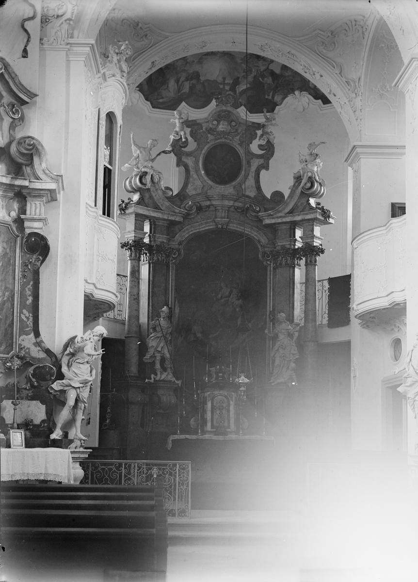 Drottning Victorias bilder. Slottskapellet på Mainau.