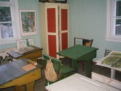 Interiør, klasserom på Skinnarbøl (Foto/Photo)