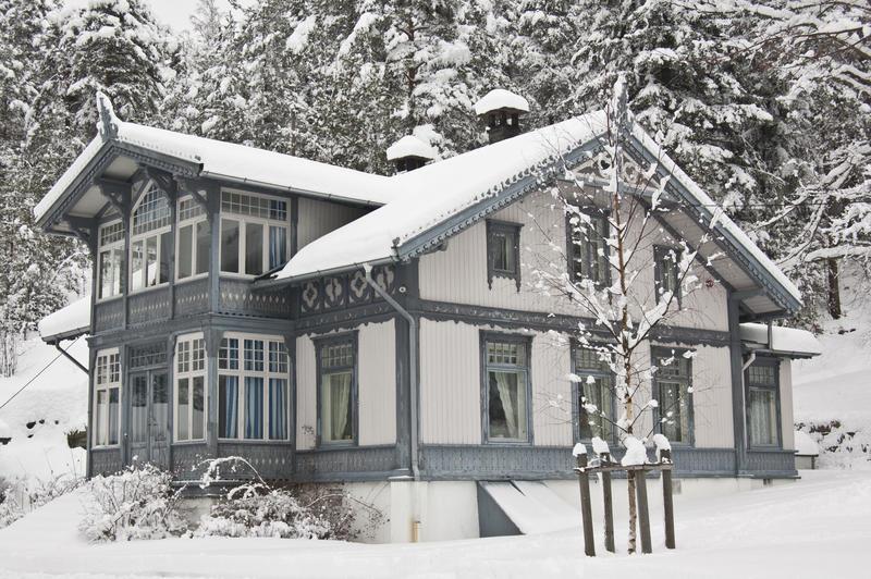 """Hovedbygningen på """"Uranienborg"""". (Foto/Photo)"""