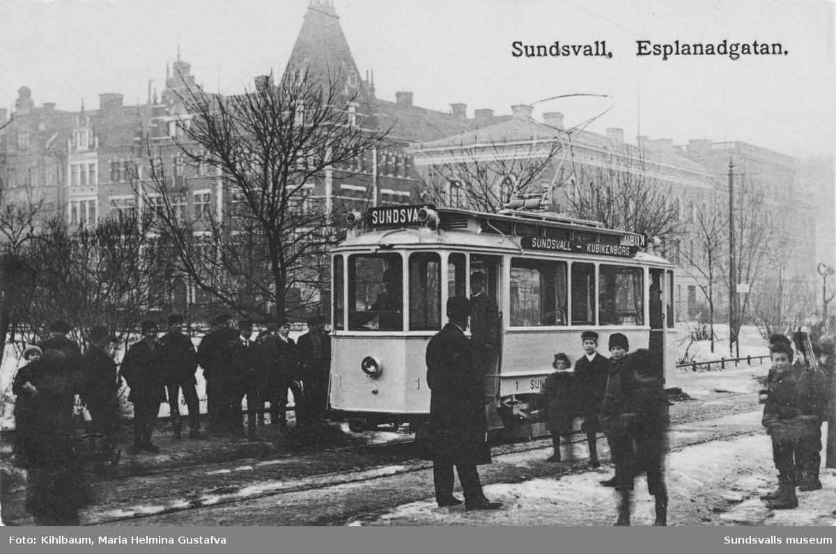 Spårvagn nr 1 efter Esplanaden.