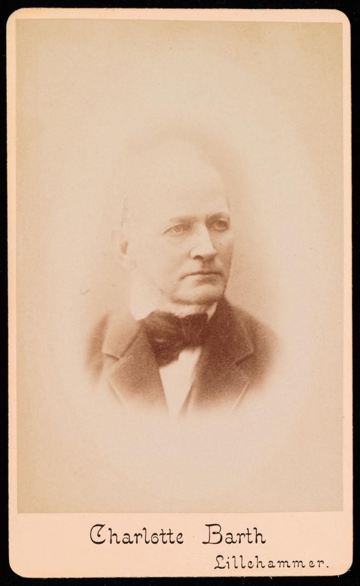 Portrett av Søren Brun Hals.