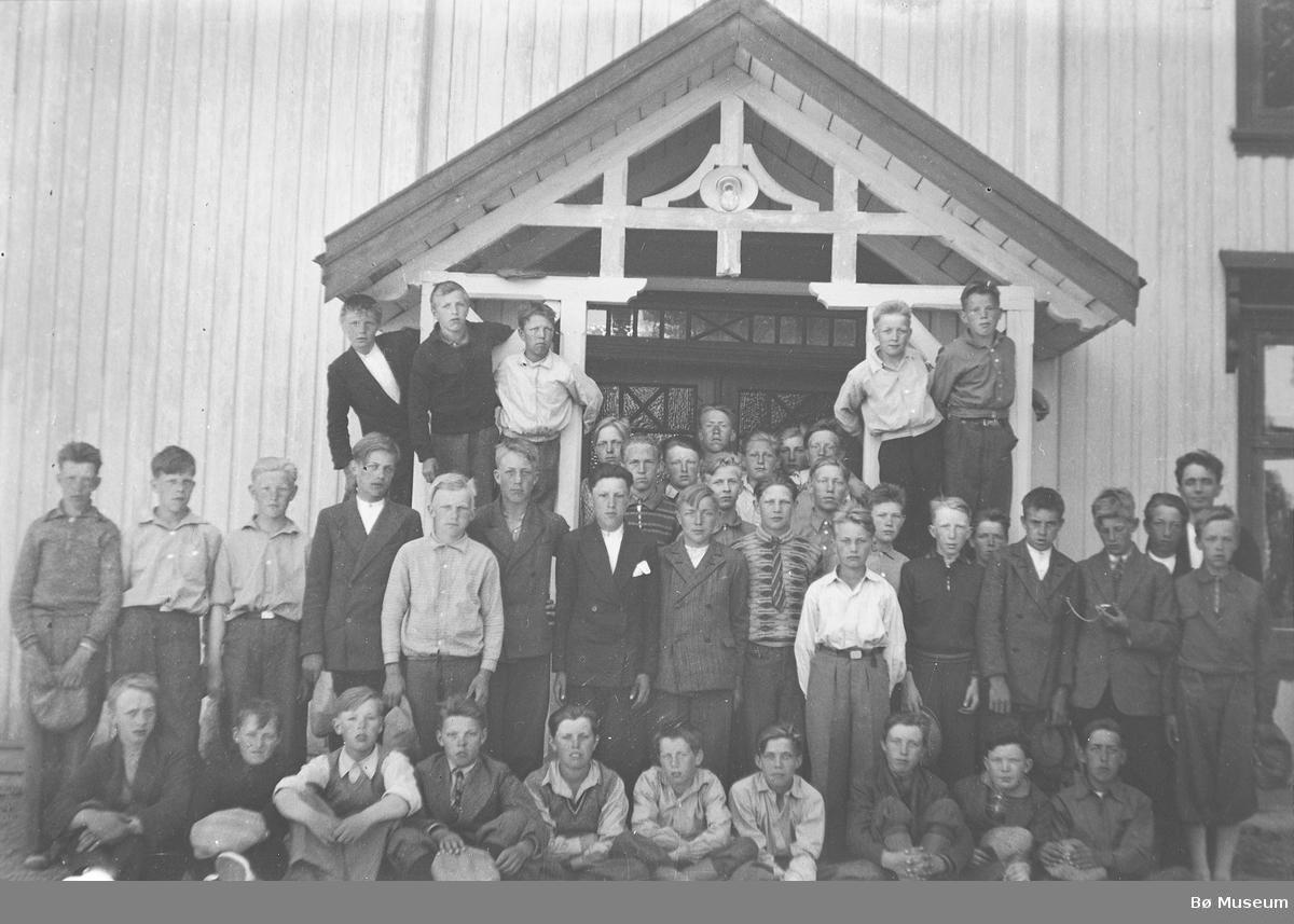 Konfirmasjonsbilde 1934, gutar