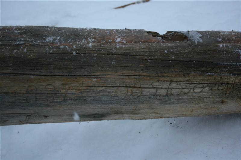 Stokk med inskripsjoner (Foto/Photo)