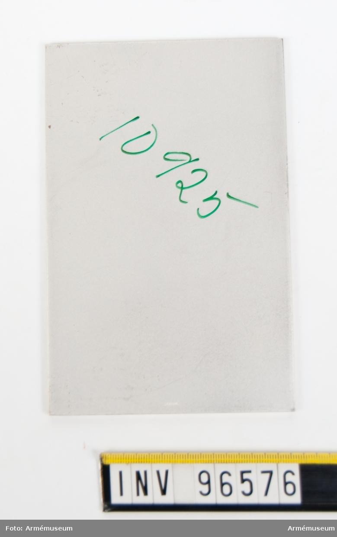 Plakett i silver för överbefälhavaren, adjutant. Stans 46412.