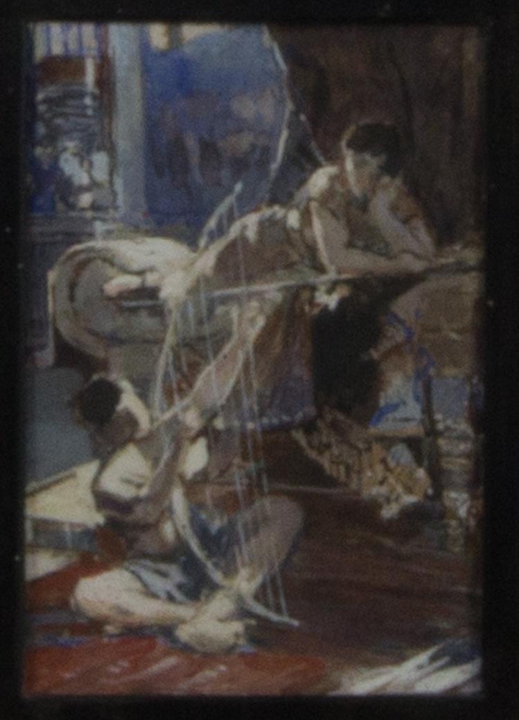 Interiörscen med David och Saul. Den ena ligger på en divan och den andra sitter på golvet och spelar på ett enkelt stränginstrument.