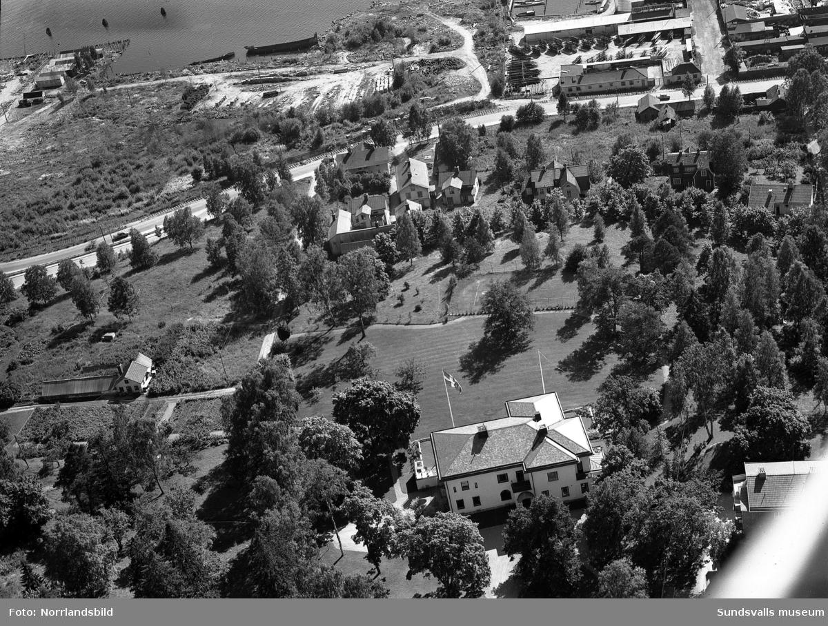 Flygfoton över Villa Marieberg på Norrlidsgatan.