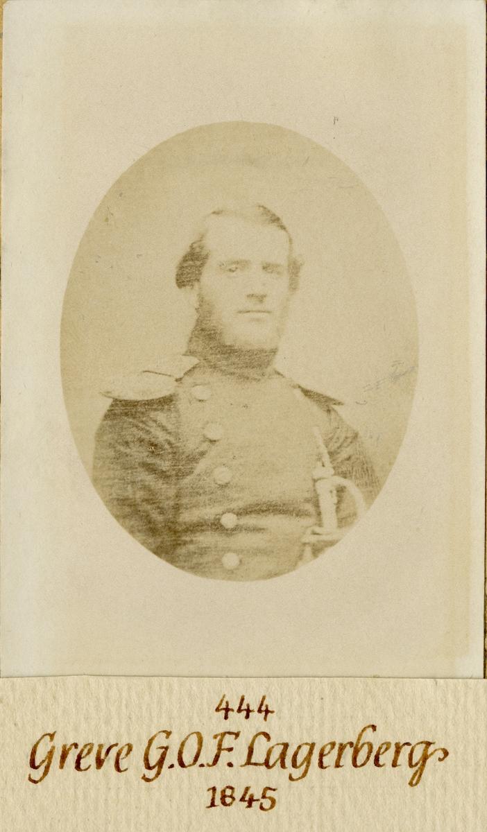 Porträtt av Gustaf Otto Fredrik Lagerberg, löjtnant vid Andra livgardet I 2.