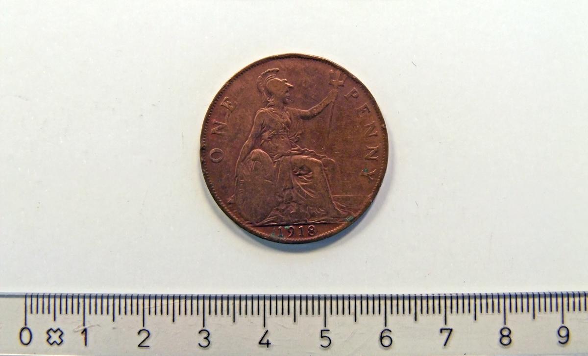 På framsiden:  - Kong Neptun (sittende) med et britisk skjold.  På baksiden:  - Kong George V av Storbritannia.