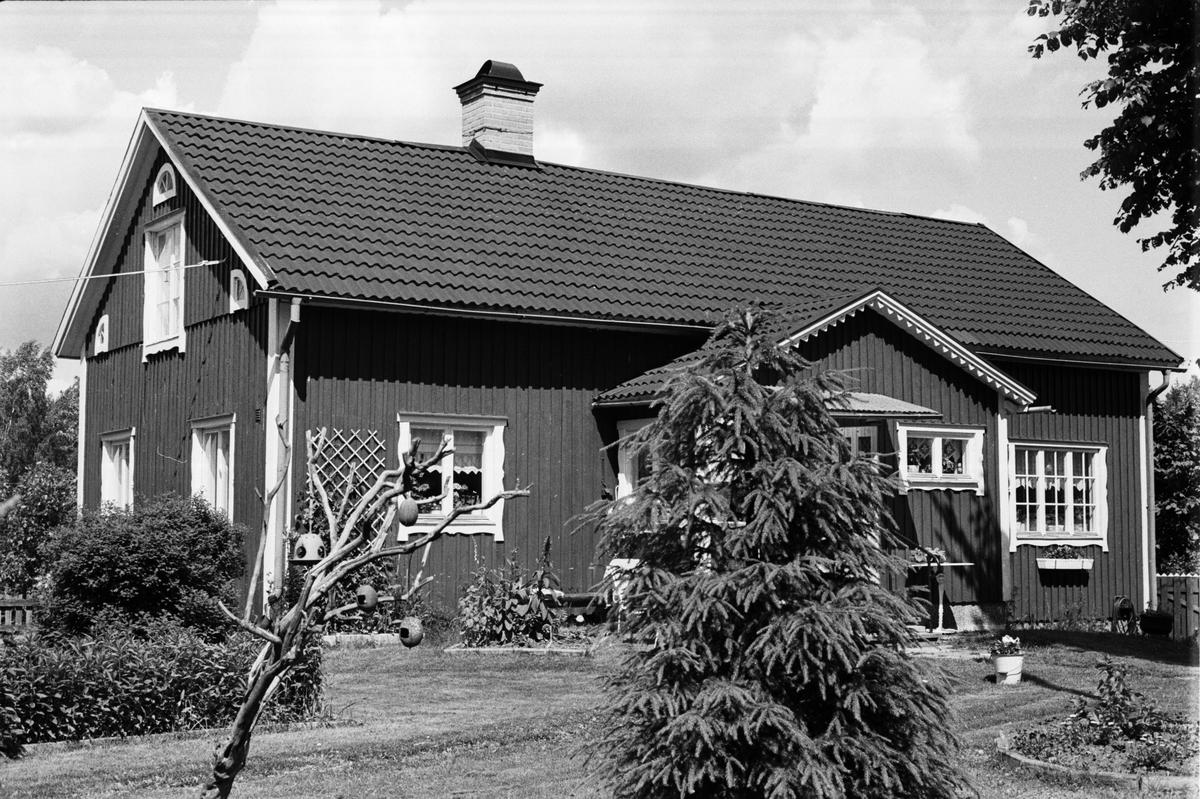 Bostadshus, Saringe 4:2 A m.fl, Marielund, Tuna socken, Uppland 1987